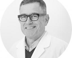 Ramón Buenechea, un año más,  nombrado como uno de los mejores especialistas médicos privados de Cataluña según TopDoctors®.